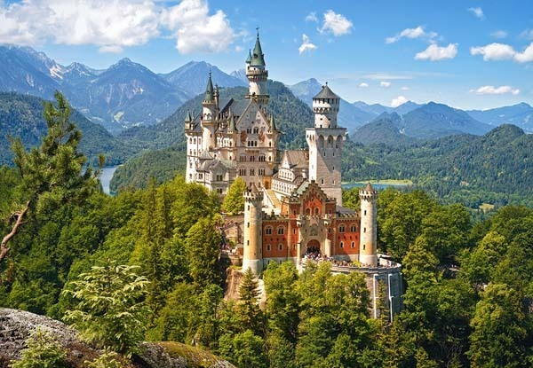 View of the Neuschwanstein Castle - Germany - 1500pc jigsaw puzzle