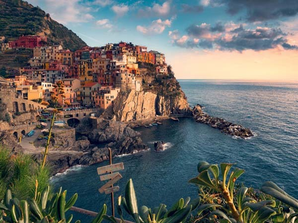 View of Cinque Terre - Italy - 1500pc jigsaw puzzle