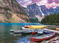 Lake Louise - Canoes on the Lake - 1000pc